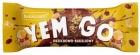 Батончик Bakalland YEMGO с обжаренным арахисом, изюмом, засахаренной клюквой и хлопьями, залитыми молочным шоколадом