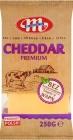 Mlekovita Cheddar Cheese - ein Stück