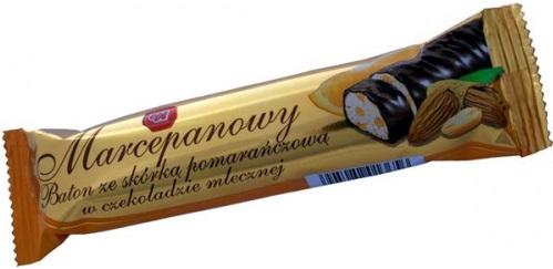 Liberté de la barre de massepain avec le zeste d'orange dans le lait au chocolat