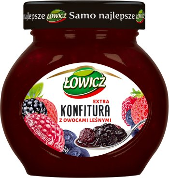 low-sugar jam with forest fruits