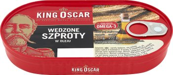 King Oscar fumaba espadines en aceite